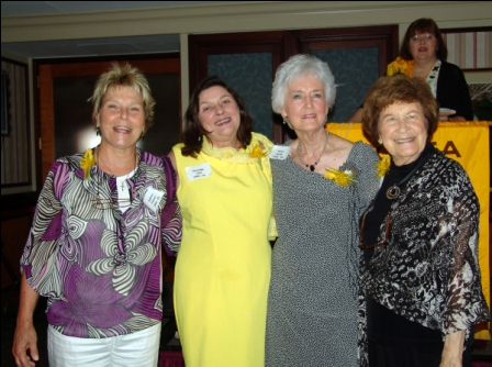past presidents Barbara Palmer, Roxanne Dow, Helen Webb, Mary Seals Evans